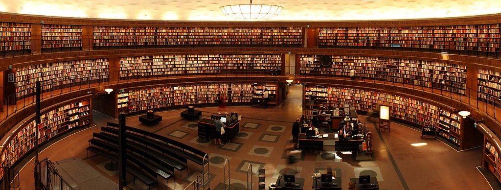 literatuurboeken in een bibliotheek