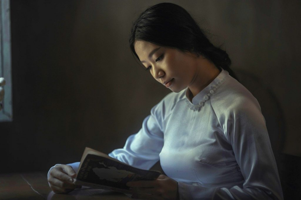 asian, woman, book-863318.jpg